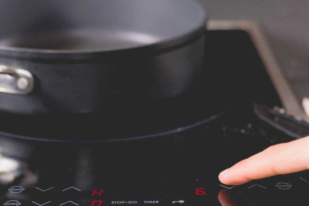 cocina gas o eléctrica: ventajas e inconvenientes.