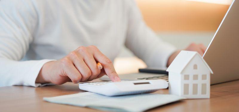 gastos mensuales de una casa