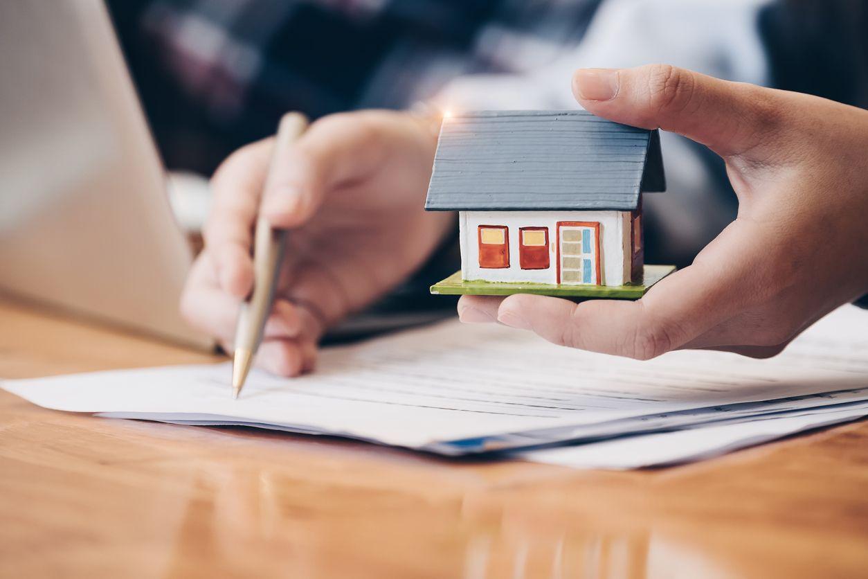 cómo declarar la venta de un piso heredado